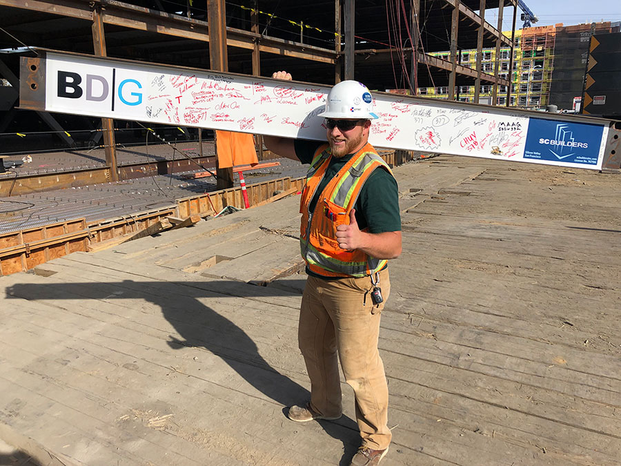 BDG Topping Off - Max With Beam
