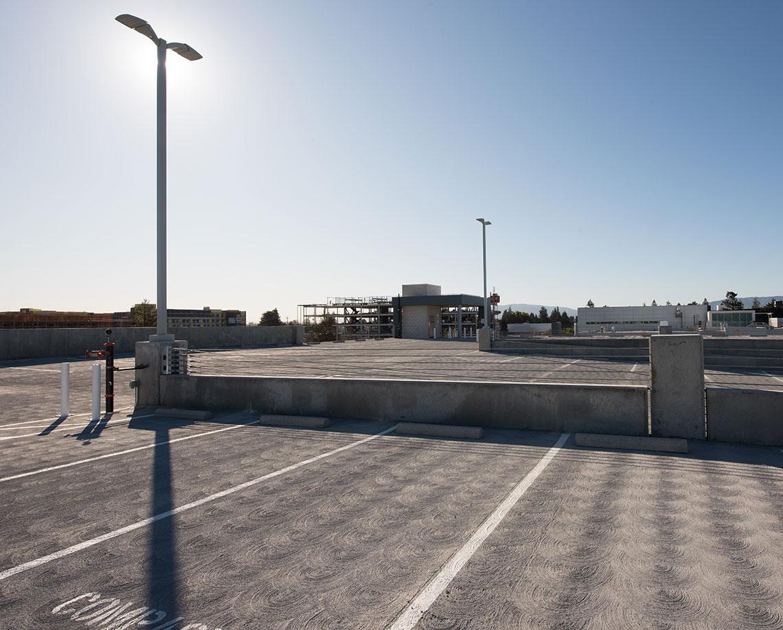 Lawrence Station - Garage (BDF/Kifer)